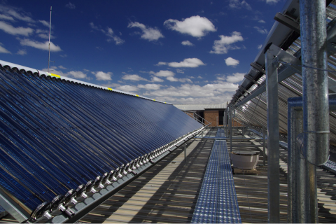 AustralianSunEnergy_Solar_Thermal_Commercial_Installation